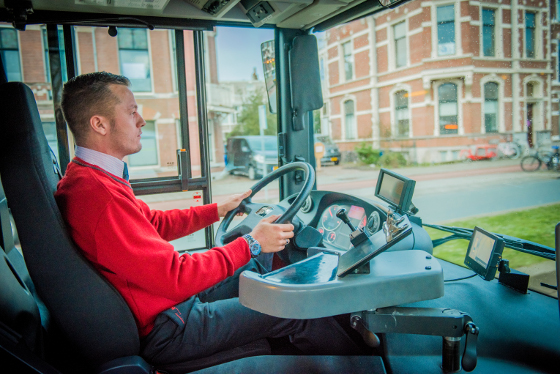 Studentenbijbaan buschauffeur
